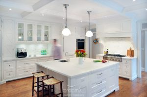 Eastgate white and wood transitional kitchen02