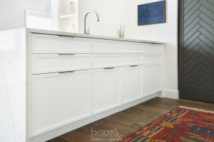 King small white painted kitchen with custom pantry 27