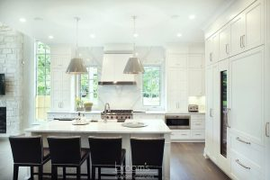 Lovers white painted transitional kitchen 03