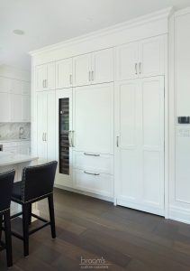Lovers white painted transitional kitchen 07
