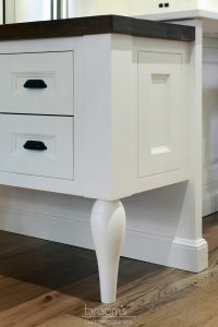 Parkhouse white painted custom kitchen with decorative legs 03