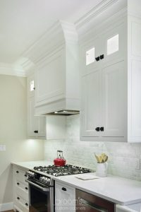 Parkhouse white painted custom kitchen with decorative legs 04