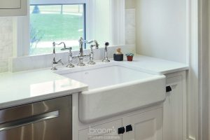 Parkhouse white painted custom kitchen with decorative legs 06
