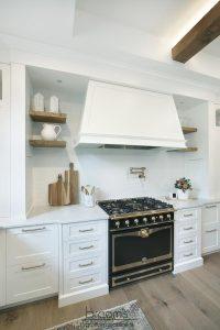 beechnut white painted farmhouse kitchen08