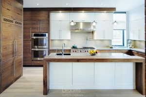 belyea white painted and natural wood custom kitchen 02 - project cover