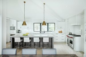 fiddlers white painted and natural wood farmhouse kitchen14